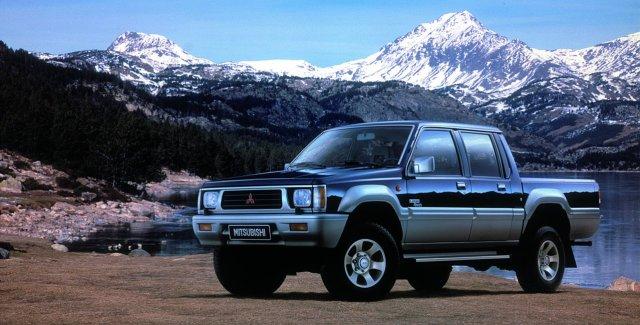 2generace_pickup Mitsubishi_01