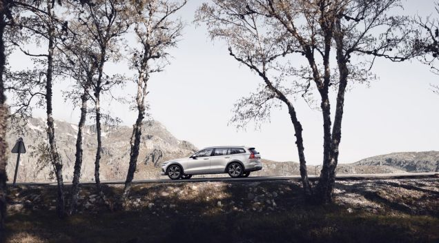 Volvo-V60-Cross-Country- (22)