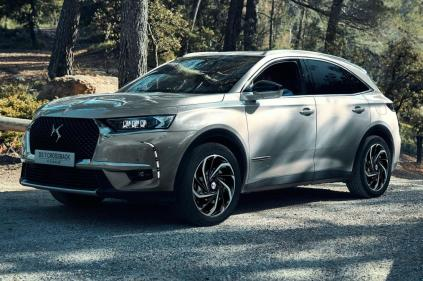 ds-7-crossback-e-tense-4x4- (1)