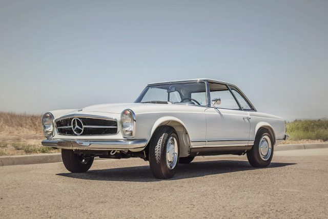 Mercedes-Benz-230-SL-W113