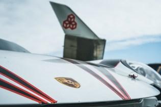 nakladani-porsche-911-gt3-cup-do-letadla- (10)