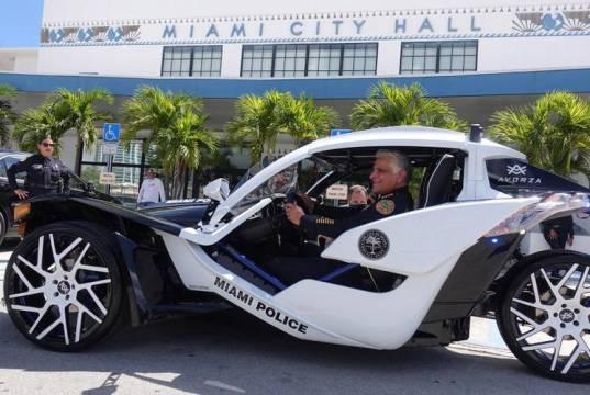 policie-polaris-slingshot-miami