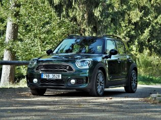 test-MINI-countryman-s-e-hybrid- (11)