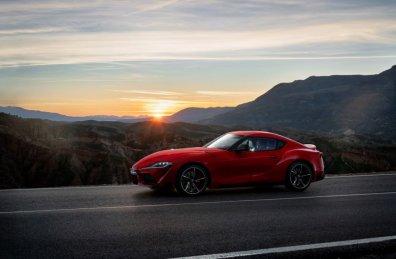 2020-Toyota-Supra-Red- (13)