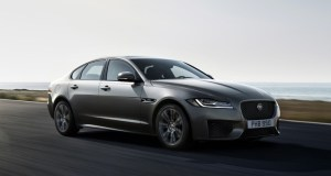 Jaguar-XF-Chequered-flag