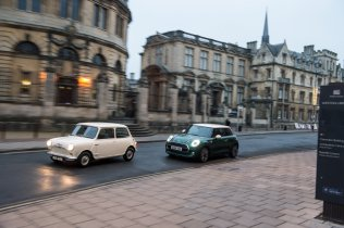 MINI-60-years-specialni-edice-original-morris- (4)