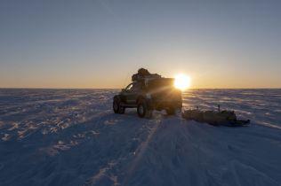Nokian_Hakkapelitta_44-Arctic_Trucks-expedice-Gronsko-Expeditions7- (12)