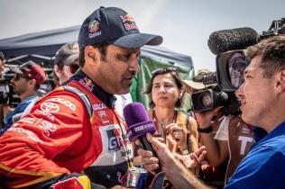 rallye-dakar-2019-po-10-etape-na-konci-dakaru-toyota-gazzoo-racing-Nasser-Al-Attiyah- (10)