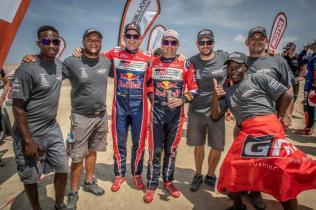 rallye-dakar-2019-po-10-etape-na-konci-dakaru-toyota-gazzoo-racing-Nasser-Al-Attiyah- (11)