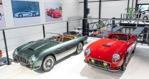 slapaci-auticko-Aston-Martin-Drophead-Coupe-a-Ferrari-250-GT-California-Spyder-na-prodej- (1)
