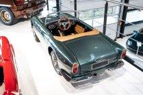 slapaci-auticko-Aston-Martin-Drophead-Coupe-a-Ferrari-250-GT-California-Spyder-na-prodej- (25)