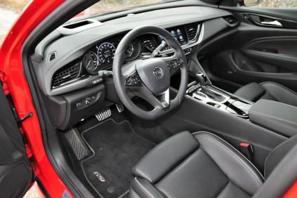 test-2018-Opel-Insignia-GSi-Grand-Sport-20-CDTI-8A-4x4- (14)