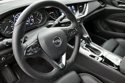 test-2018-Opel-Insignia-GSi-Grand-Sport-20-CDTI-8A-4x4- (27)