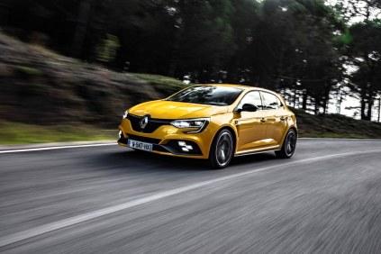 2019_Renault_MEGANE_IV_R_S_TROPHY- (12)