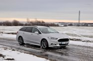 test-2018-ford-mondeo-20-tdci-180k-awd-6powershift- (13)