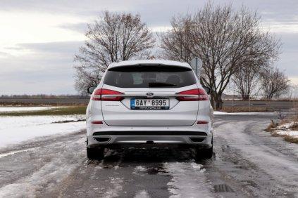 test-2018-ford-mondeo-20-tdci-180k-awd-6powershift- (9)