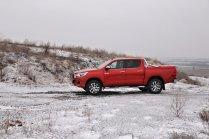 test-2018-toyota-hilux-double-cab-24-d-4d-110-kw- (3)