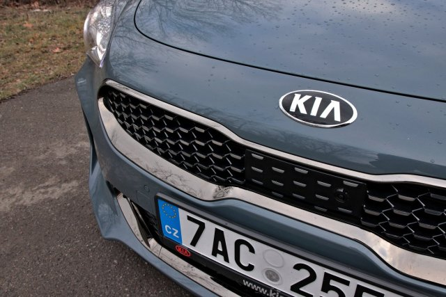 test-2019-kia-stinger-22-crdi-rwd-at- (18)