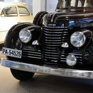 1940-SKODA-SUPERB-4000-typ-919-01