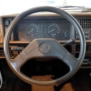 1988-SKODA-Favorit-01
