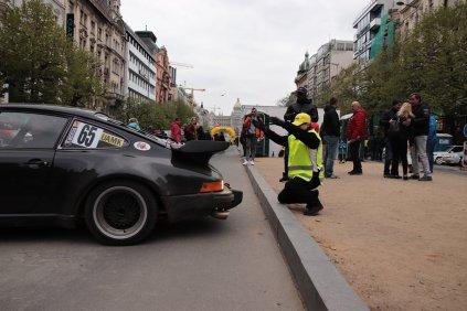 2019-duben-rallye-prague-revival-start-vaclavske-namesti- (44)