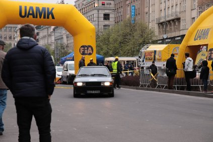 2019-duben-rallye-prague-revival-start-vaclavske-namesti- (71)