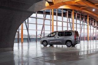 Toyota-PROACE_CITY_Verso- (10)