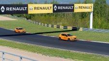 prvni-jizda-2019-renault-megane-rs-trophy-autodrom-most- (4)