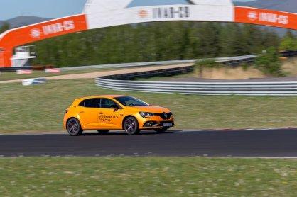 prvni-jizda-2019-renault-megane-rs-trophy-autodrom-most- (9)