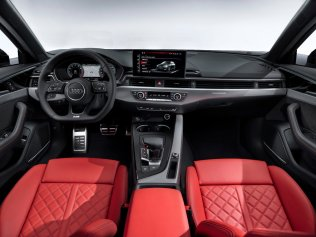 2019-Audi-A4-avant- (12)