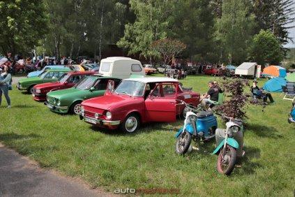 6-sraz-socialistickych-aut-hnacov-2019-kveten- (9)
