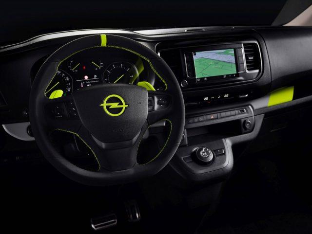 "Showcar Opel Zafira Life ""O-Team"", 2019 -3"