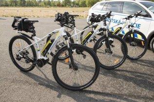 mestska-policie-praha-skoda-octavia-scout-a-volkswagen-transporter- (2)