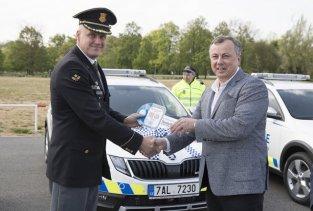 mestska-policie-praha-skoda-octavia-scout-a-volkswagen-transporter- (7)
