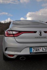 test-renault-megane-grandcoupe-13-tce-140-sedan- (21)