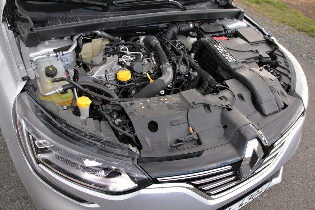 test-renault-megane-grandcoupe-13-tce-140-sedan- (44)