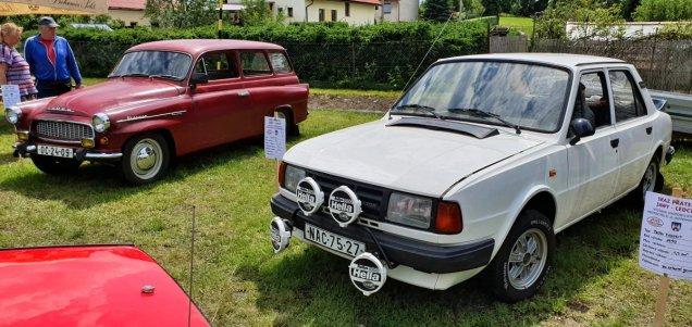 2019-8_cerven-jawa-sraz-ledce-auta- (7)