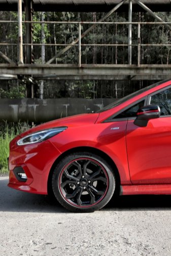 Test-2019-Ford-Fiesta-ST-Line-Red-Edition-10-EcoBoost-103-kW- (14)