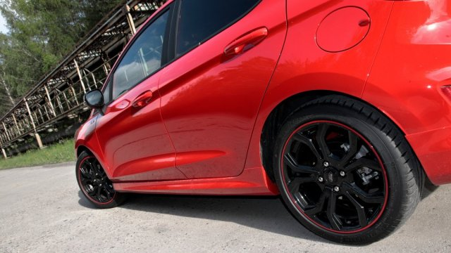 Test-2019-Ford-Fiesta-ST-Line-Red-Edition-10-EcoBoost-103-kW- (16)