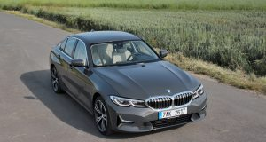 test-2019-bmw-320d-xdrive-at- (6)