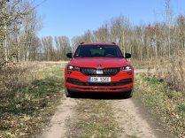 test-2019-skoda-karoq-sportline-15-tsi-110-kw-act- (2)