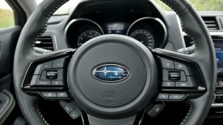 test-2019-subaru-outback-es-edition-x-25-lineartronic- (30)