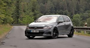 test-2019-volkswagen-golf-gti-tcr- (1)