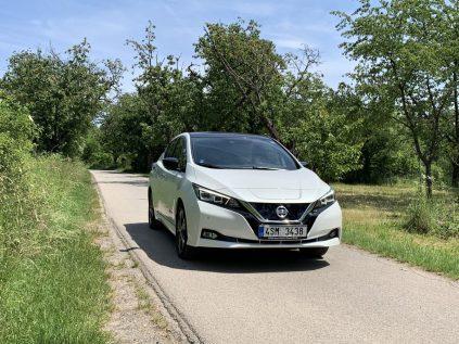 test-eletromobilu-2019-nissan-leaf- (1)