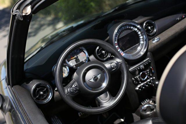 test-ojetiny-2015-mini-cooper-s-cabrio- (19)