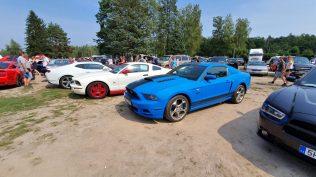 2019-sraz-americkych-aut-hradecka-V8- (35)