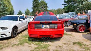 2019-sraz-americkych-aut-hradecka-V8- (40)