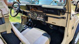 2019-sraz-americkych-aut-hradecka-V8- (60)