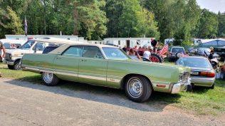 2019-sraz-americkych-aut-hradecka-V8- (83)