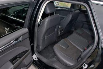 test-2019-ford-mondeo-kombi-hybrid- (31)